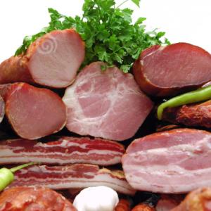 Smoked Meat / Fumados & Enchidos